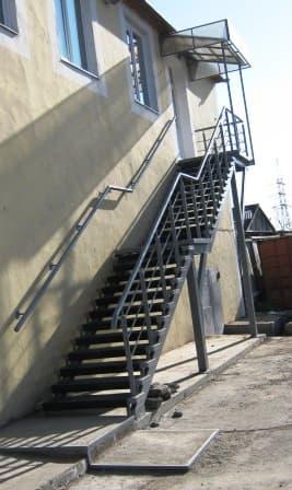 Изготовление входной лестницы