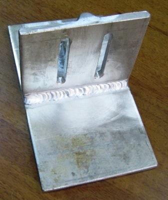 Алюминиевый кронштейн